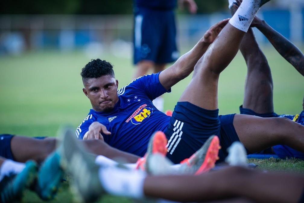 Éderson durante treino do Cruzeiro — Foto: Bruno Haddad/Cruzeiro