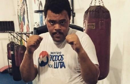 Babu Santana iniciou no ano passado uma preparação para viver o ex-pugilista Maguila no cinema. O projeto é uma parceria dele com o produtor Josmar Bueno Júnior Arquivo pessoal