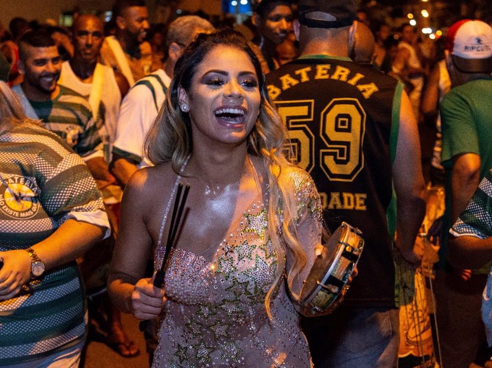 A cantora e compositora carioca Lexa vai ser musa da Mocidade Independente de Padre Miguel — Foto: Eduardo Hollanda/ Divulgação