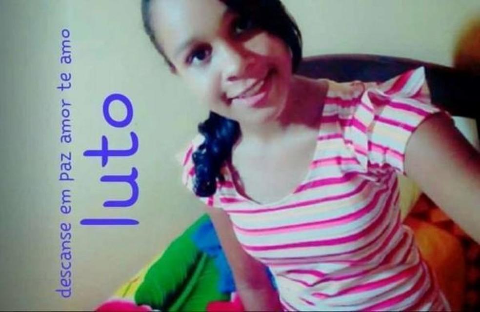 Adolescente de 17 anos foi morta pela própria prima de 13 anos (Foto: Reprodução/Facebook)
