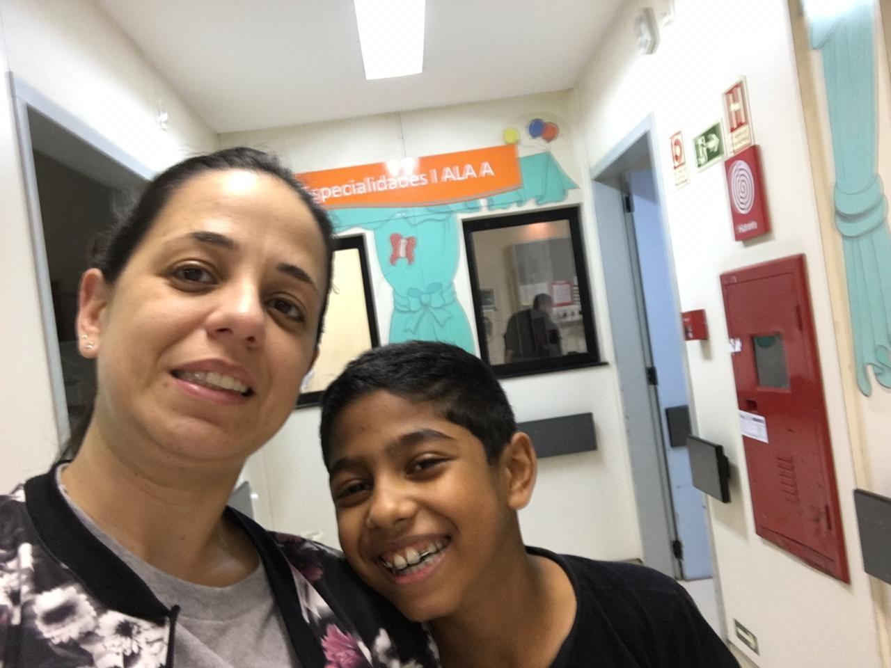Menino com doença rara de Mogi recebe fígado da mãe - Notícias - Plantão Diário