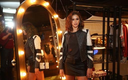 Deixe Bruna Marquezine inspirar seus próximos looks com minissaias e vestidos