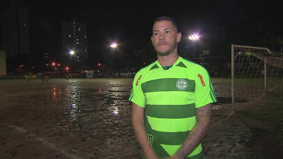Betinho agora atua em campeonato de várzea  — Foto: Reprodução TV Globo