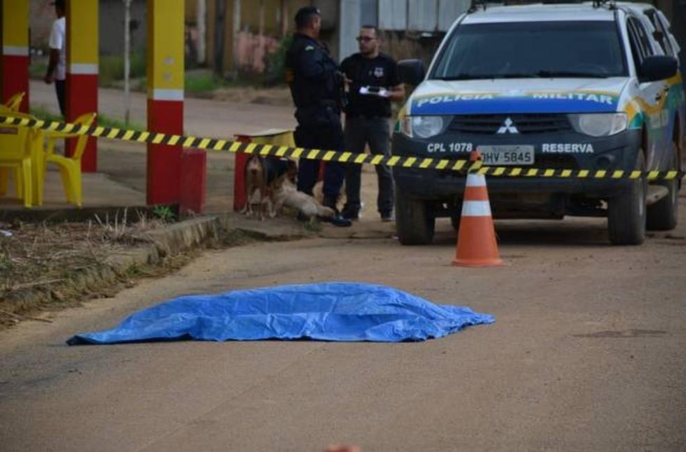 Jovem foi morta tiros após sair de festa em Buritis — Foto: TBN Notícias/Reprodução
