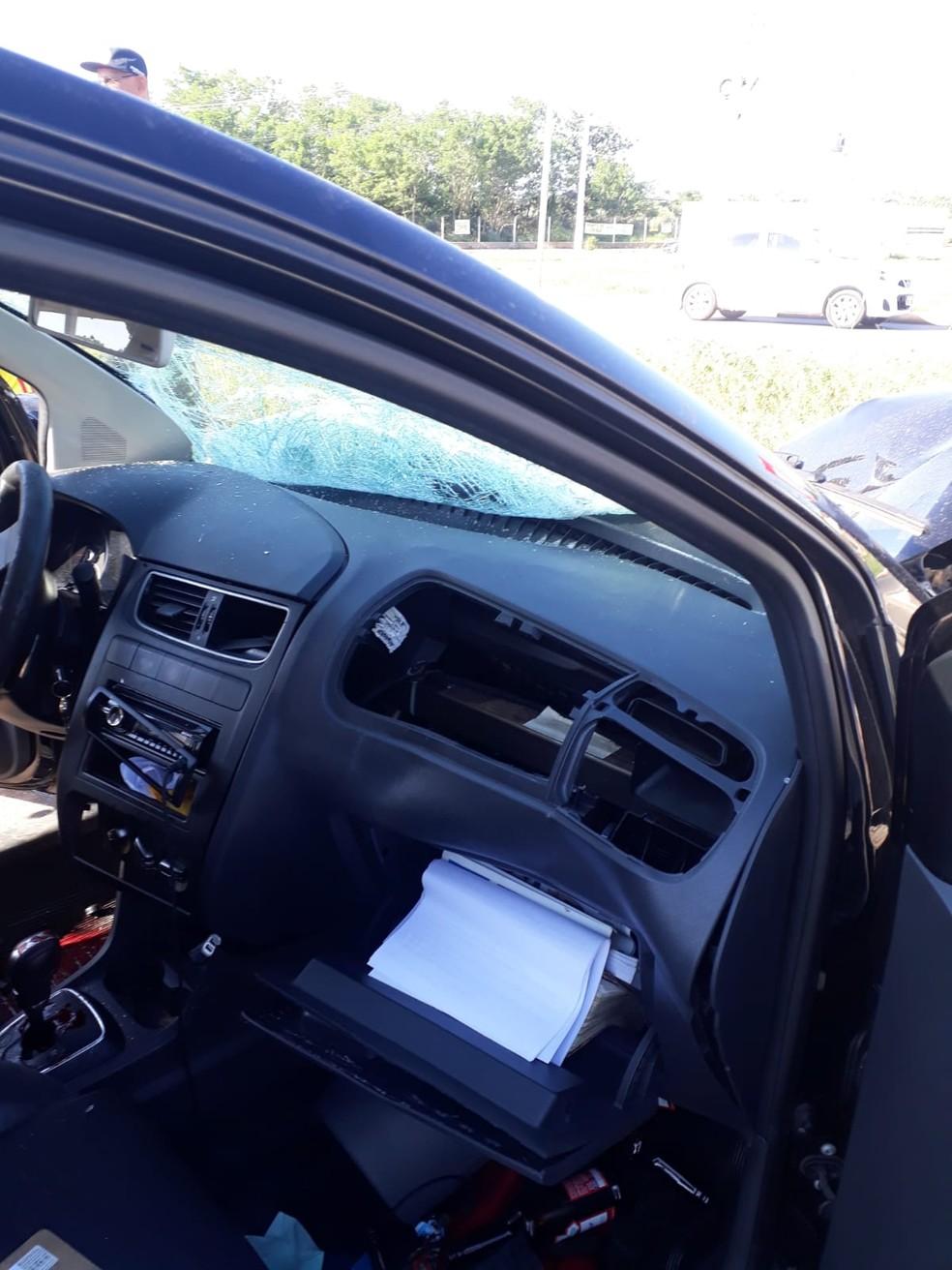 Motorista estava com a CNH e os documentos carro atrasados — Foto: Guarda Municipal/Divulgação