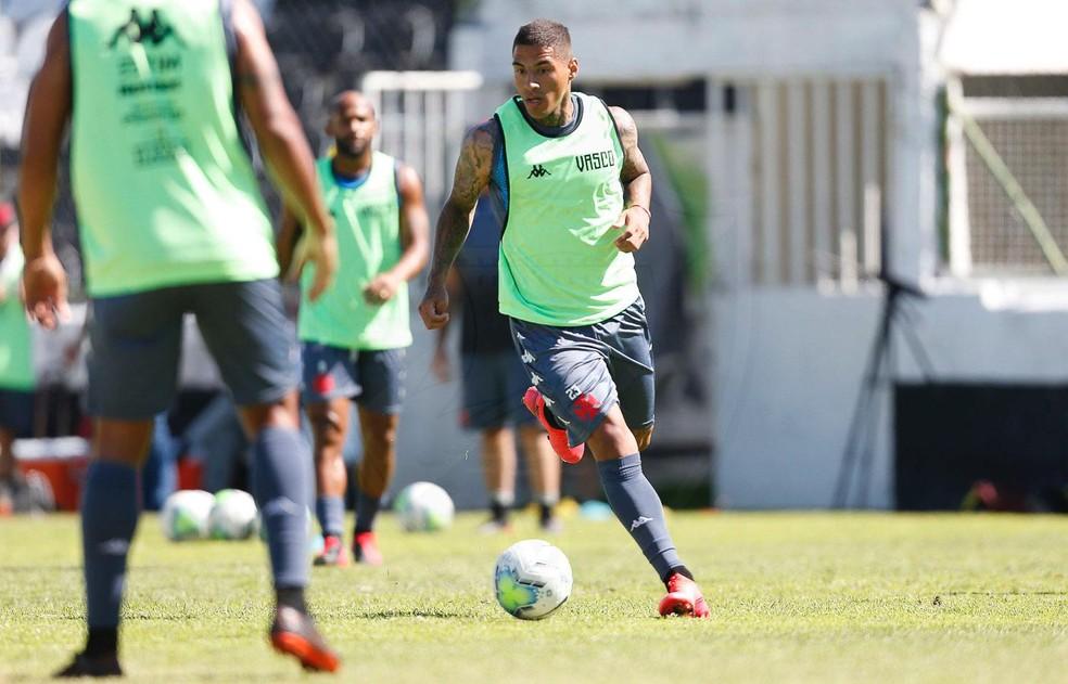 Carlinhos será titular pela primeira vez no Vasco — Foto: Rafael Ribeiro/Vasco da Gama