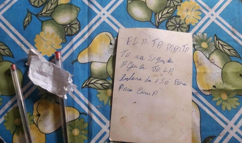 Suspeito deixou bilhete indicando onde estava o corpo — Foto: Polícia Civil/Divulgação