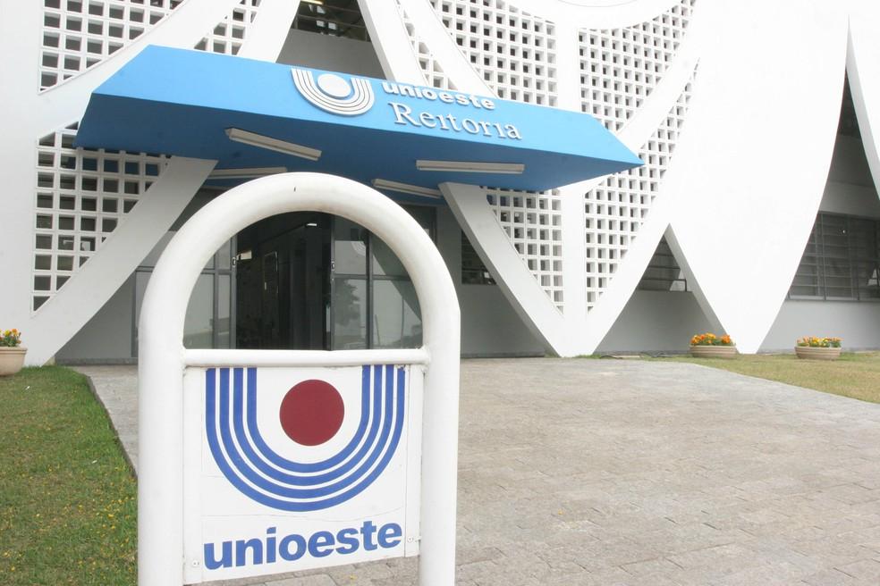 Metade das vagas são reservadas para candidatos que fizeram o Enem, por meio do Sisu — Foto: Unioeste/Divulgação