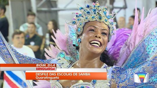 Escolas de samba animam cerca de seis mil foliões em Guaratinguetá; veja fotos