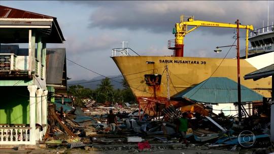 Polícia prende 92 pessoas por saques após terremoto e tsunami na Indonésia