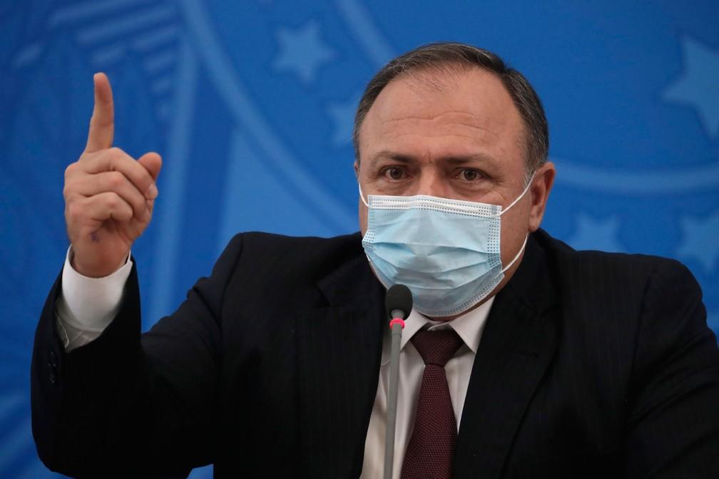 O ministro da Saúde, Eduardo Pazuello — Foto: Eraldo Peres / AP Photo