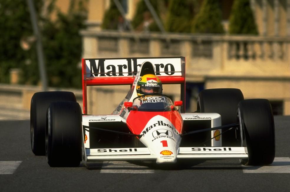 Ayrton Senna em ação nas ruas de Monte Carlo, em 1989 — Foto: Getty Images