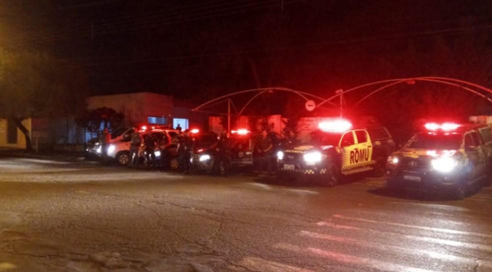 Operação reuniu CGM, Polícia Militar e fiscalização da Prefeitura de Conchal — Foto: Gean Mendes/F5 Conchal