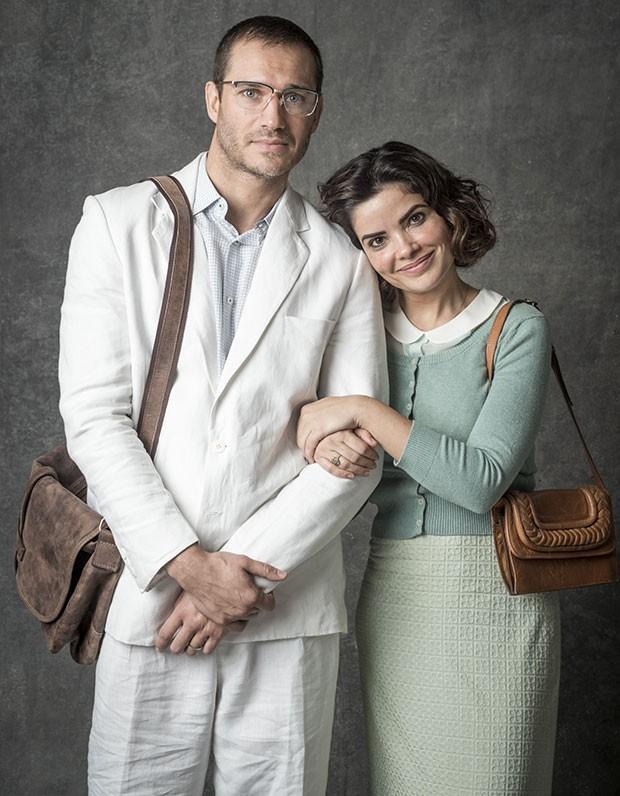 Paulo Rocha e Vanessa Giácomo como José Aranha e Stella, respectivamente, em O Sétimo Guardião (Foto: João Cotta/Globo)