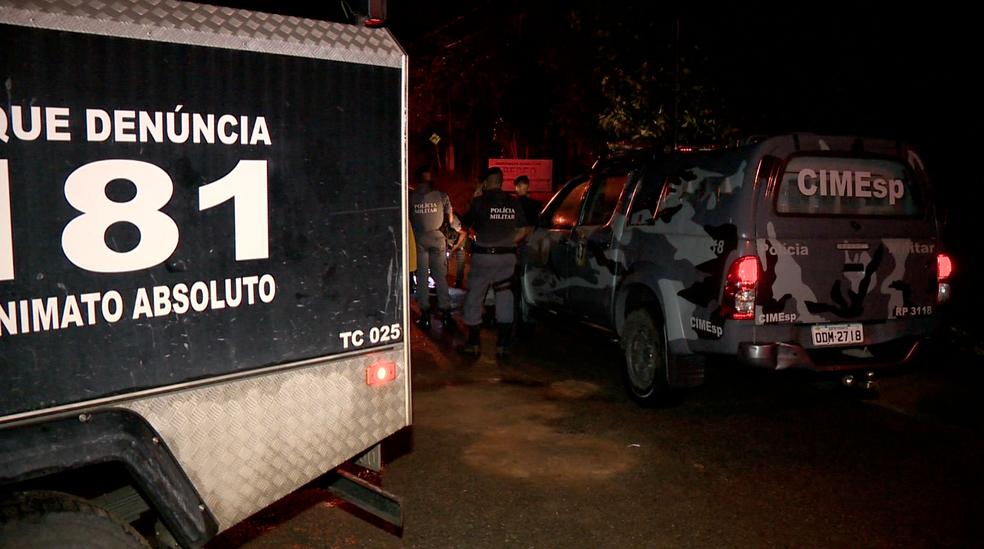 Suspeito de assalto foi morto em Cariacica, no Espírito Santo (Foto: Reprodução/ TV Gazeta)