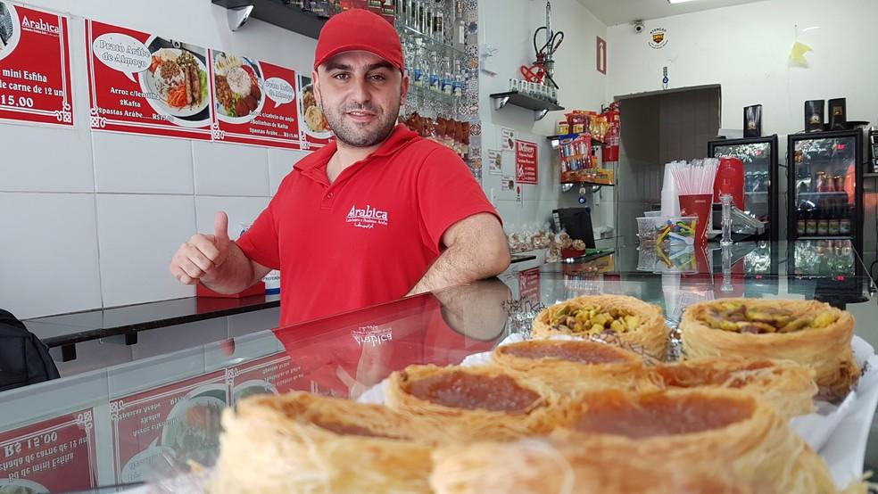 Abboud Dabbas apostou no prato feito para chamar a atenção dos brasileiros (Foto: Pedro Ângelo/G1)
