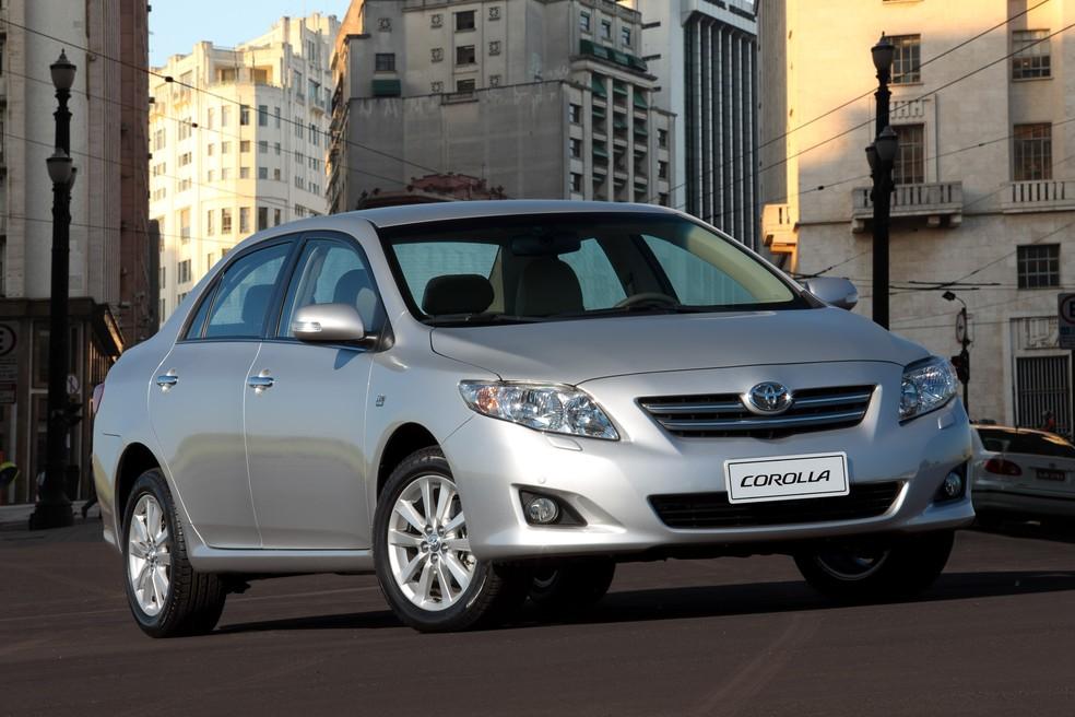 Toyota Corolla é o sedã médio mais vendido no mercado de usados — Foto: Divulgação