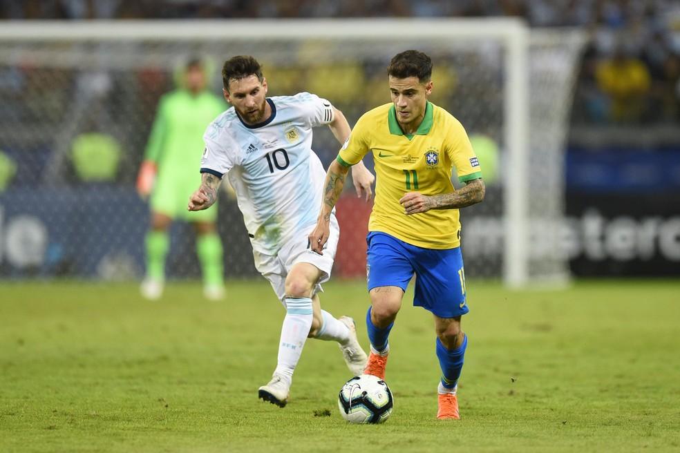Brasil e Argentina sempre garantiram a vaga na Copa com o atual modelo das eliminatórias — Foto: Pedro Vilela/Getty Images