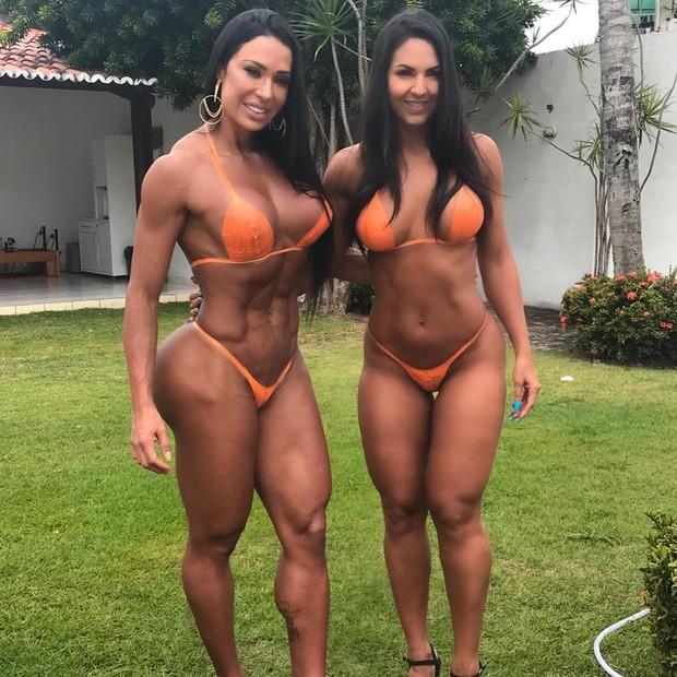 Gracyanne Barbosa e Alane Pereira (Foto: Reprodução Instagram)