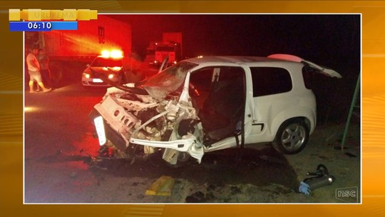 Motorista morre em acidente envolvendo quatro carros na SC-416