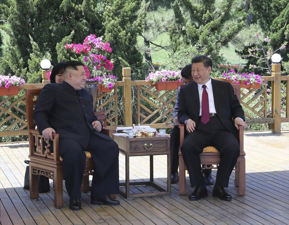 Kim Jong-un se encontra com Xi Jinping na China
