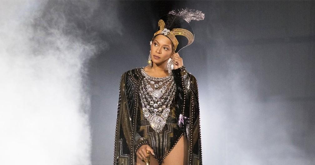 Beyoncé no palco do Coachella (Foto: Divulgação / Robin Harper / Site oficial da cantora)