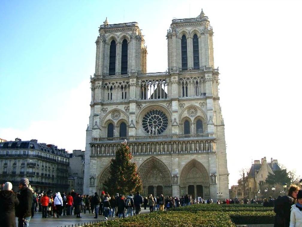 Catedral de Notre Dame de Lourdes, em Paris — Foto: Carolina Holland/ G1