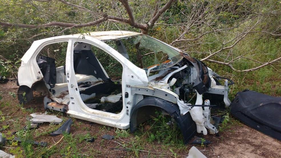 Corpo, ainda sem identificação, foi encontrado na Zona Rural de Macaíba. (Foto: Divulgação Polícia Civil)