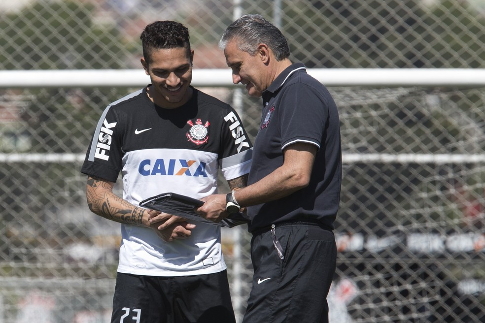 Guerrero e Tite foram bem juntos no Corinthians — Foto: Daniel Augusto Jr/Ag. Corinthians