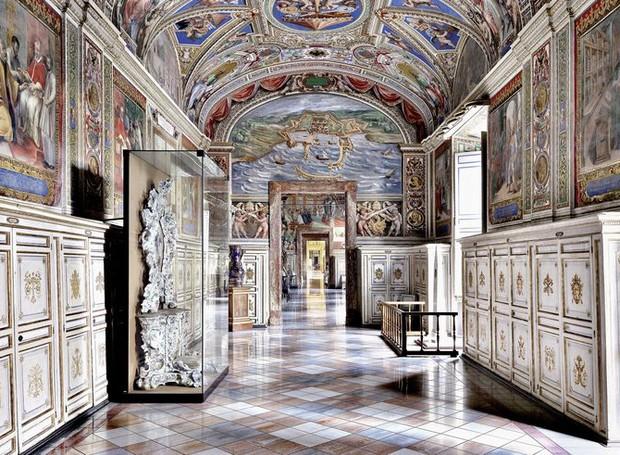 Biblioteca Apostólica Vaticana, em Roma, Itália (Foto: Massimo Listri/ Taschen/ Reprodução)