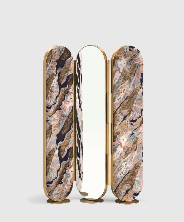 Biombo Solanio, de latão, veludo e espelho, 1,40 x 1,80 x 0,27 m, para Bonotto Editions (Foto: Divulgação)