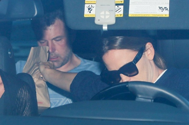 Ben Affleck e Jennifer Garner (Foto: Backgrid)