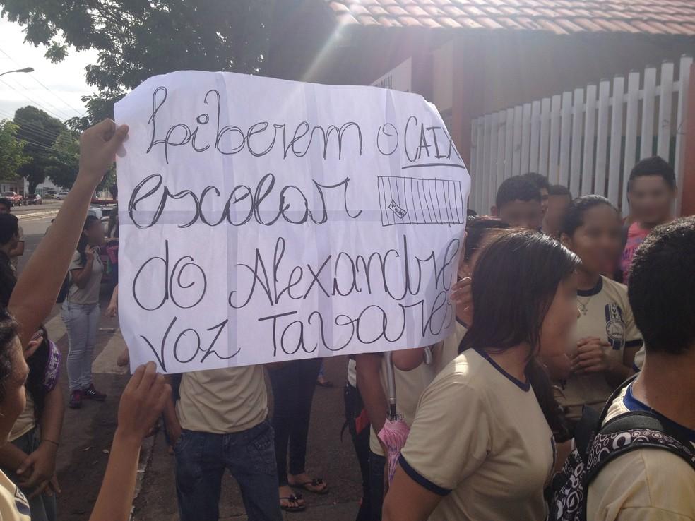 -  Retenção de valores provoca falta de merenda em escolas públicas  Foto: Cassio Albuquerque/G1