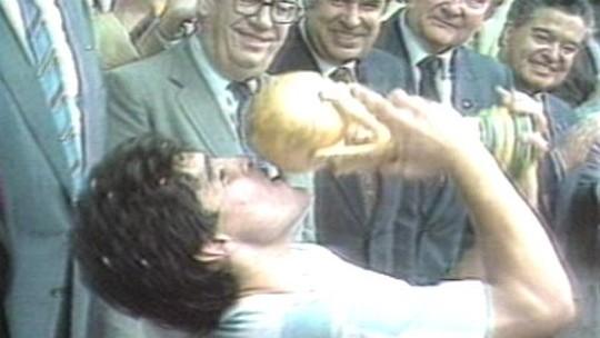 Morre Tata Brown, zagueiro argentino autor de um gol na final da Copa do Mundo de 1986