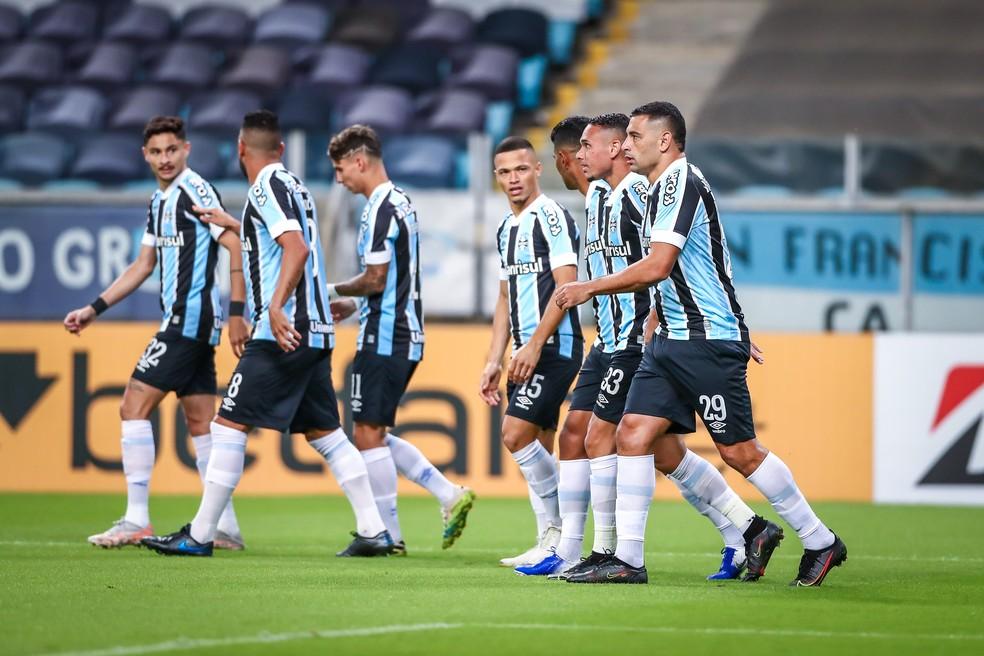 Jogadores do Grêmio em goleada sobre o Aragua — Foto: Lucas Uebel/Grêmio