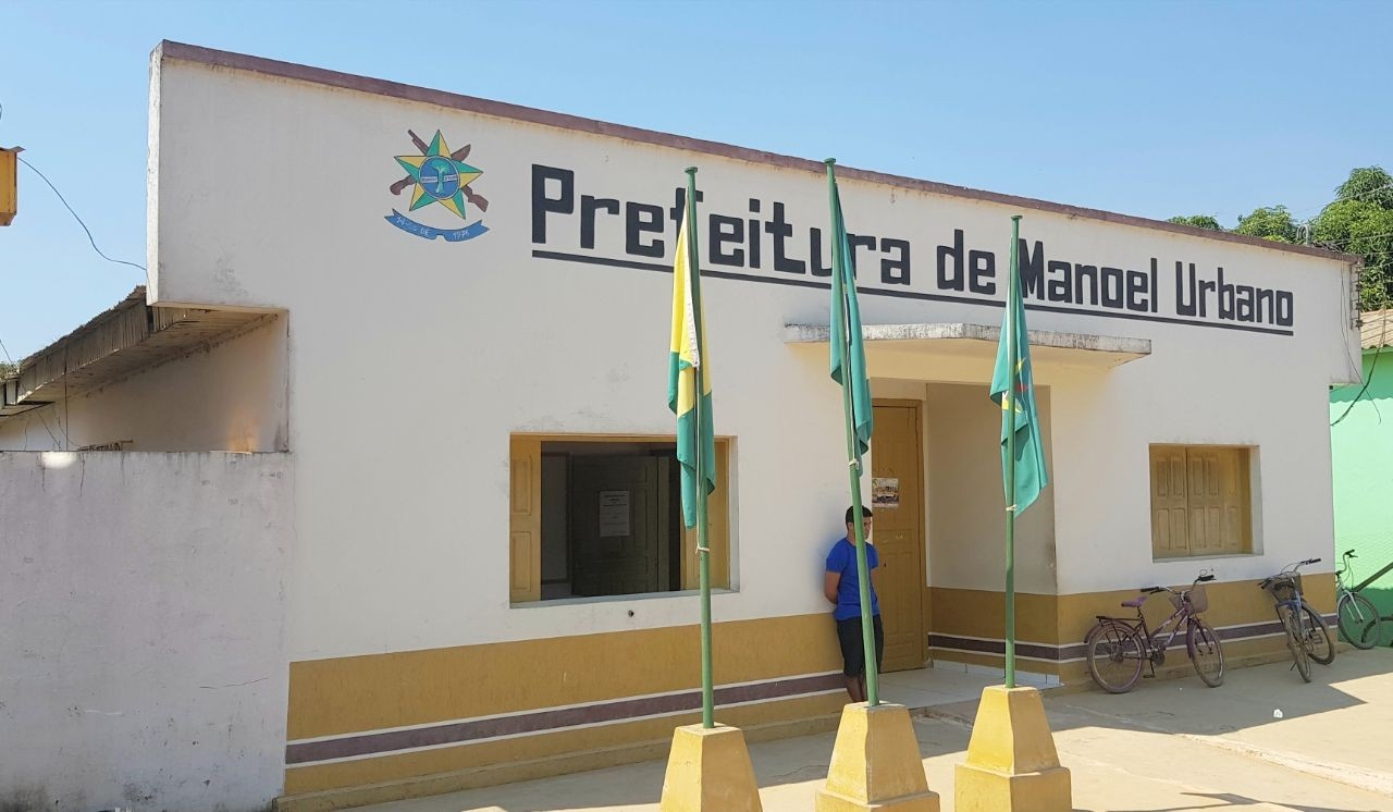 Para cumprir lei de responsabilidade fiscal, Manoel Urbano deve demitir mais de 70 concursados - Radio Evangelho Gospel