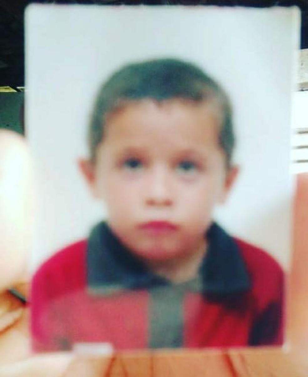 Criança de 8 anos está desaparecida; garoto foi visto pela última vez na zona Norte de Natal — Foto: Cedida
