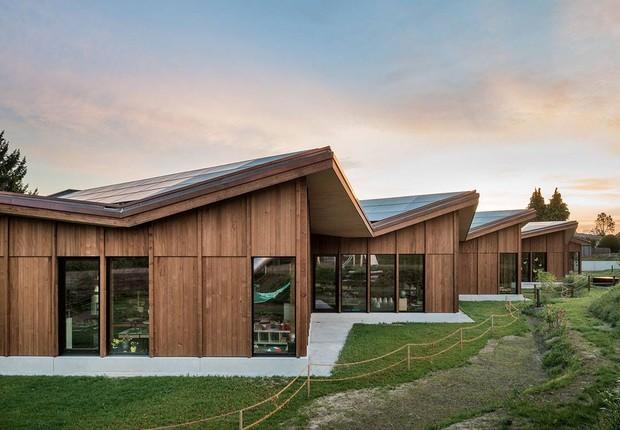 Escola em Port, na Suíça (Foto: Facebook/Skop - Architektur & Städtebau)