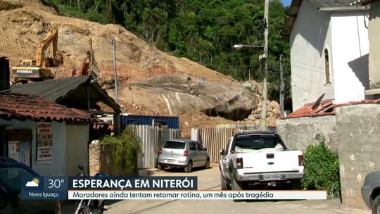 Um mês após deslizamento que matou 15 pessoas em Niterói, famílias tentam se recompor