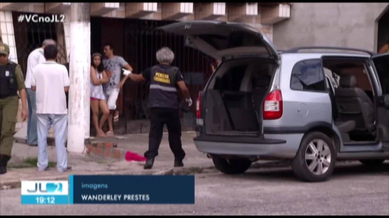 Homem é encontrado morto em frente a campo de futebol, no Conde, PB - Noticias