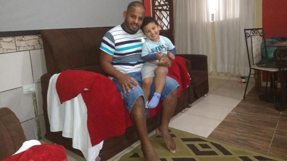 Edson Pereira da Silva ficou desempregado na pandemia e, mesmo sem renda, não terá direito ao auxílio emergencial — Foto: Arquivo pessoal