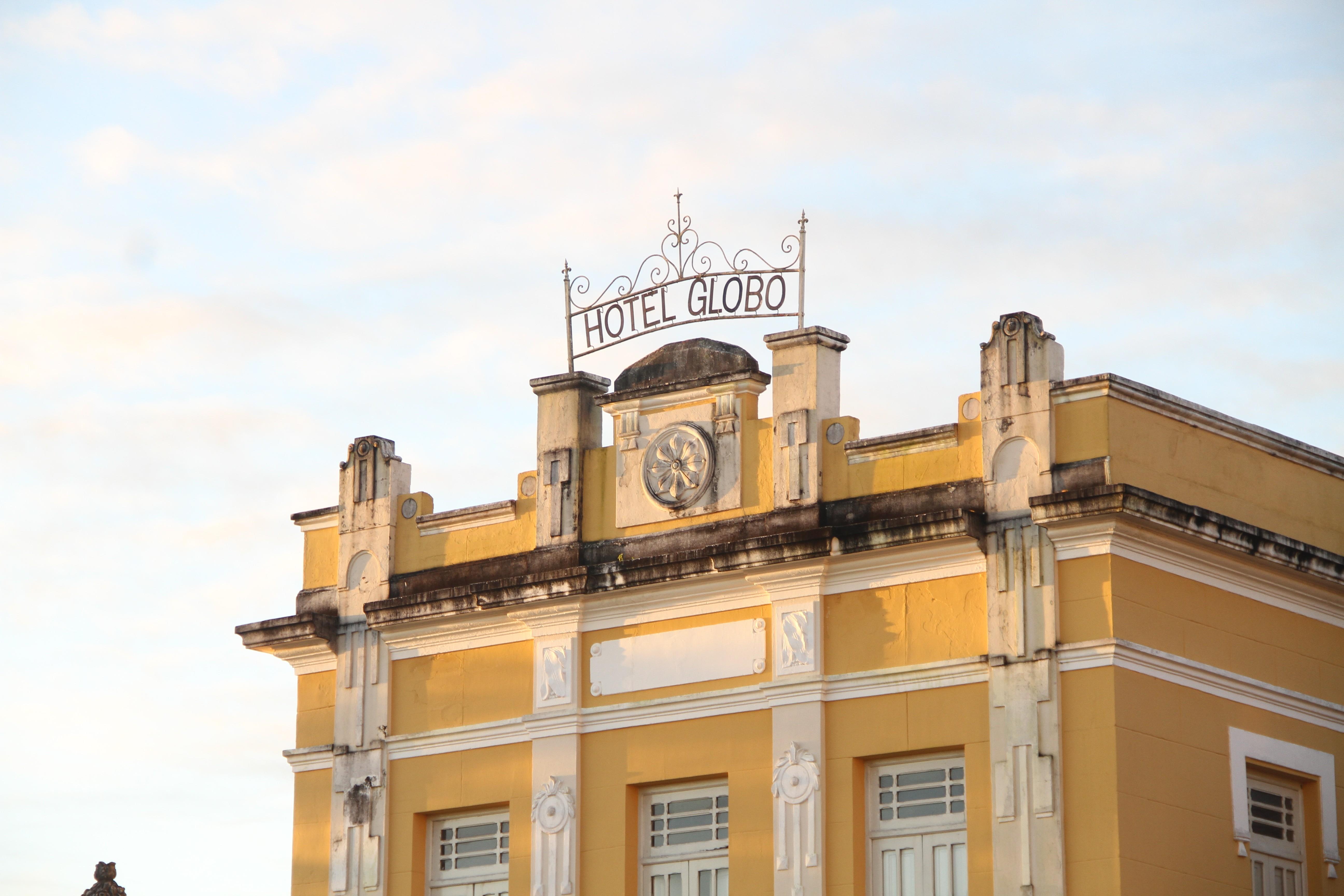 Heloise Baylão faz show no Pôr do Sol no Hotel Globo, em João Pessoa