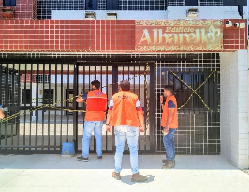 Defesa Civil interdita edifício no Pinheiro com evolução das rachaduras