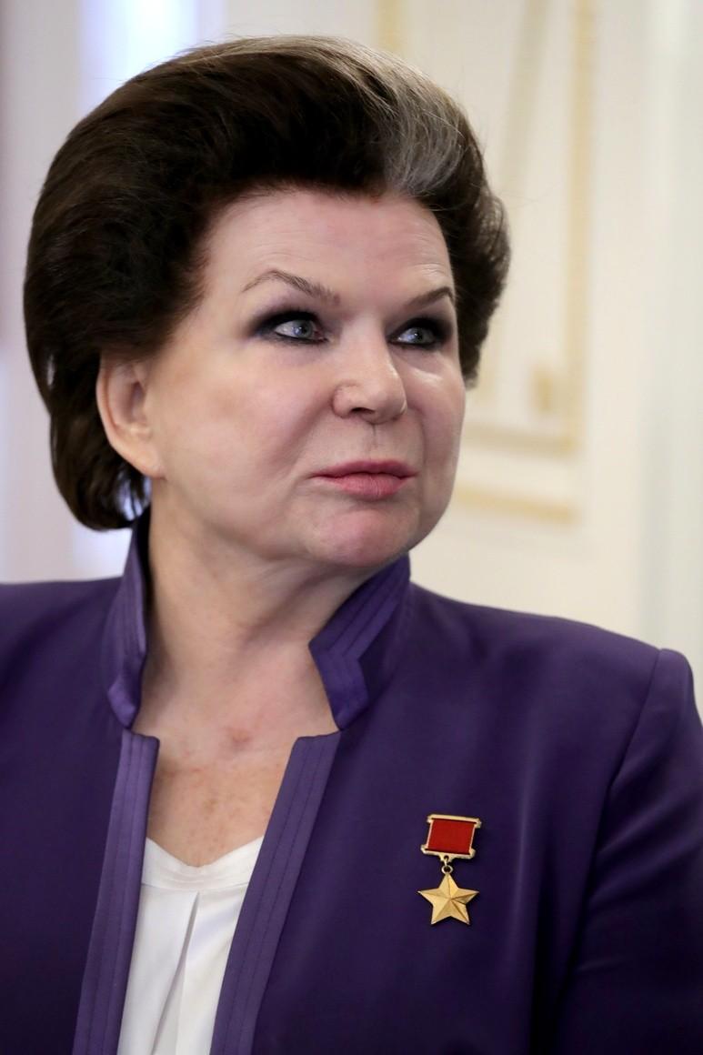 Valentina Tereshkova durante uma reunião com o presidente russo Vladimir Putin em 2017 (Foto: Wikimedia Commons)