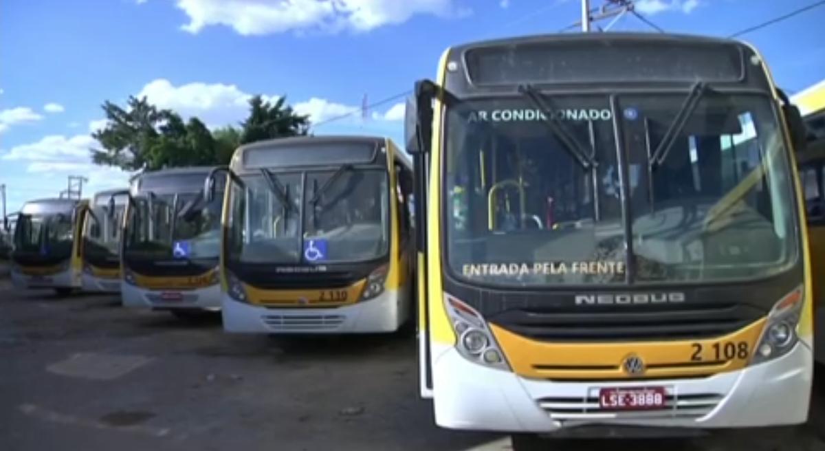 Rodoviários de empresa de ônibus de Campos, RJ, mantêm greve e exigem pagamentos atrasados