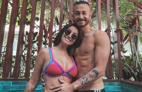 Bianca Andrade e Bruno Carneiro, conhecidos como Boca Rosa e Fred, já tinham se relacionado há alguns anos e voltaram a se envolver. Em setembro, revelaram o namoro. Ela está grávida Reprodução