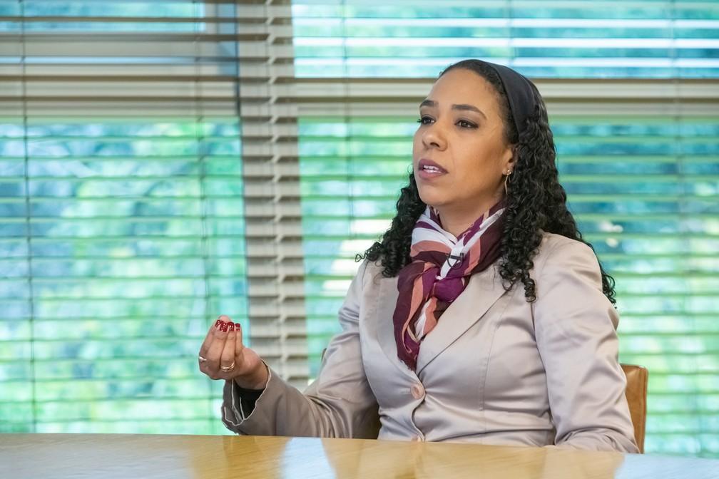 Roberta conta que teve uma educação que considera privilegiada, em boas escolas, mas lembra que era a única negra na sala de aula — Foto: Celso Tavares/G1