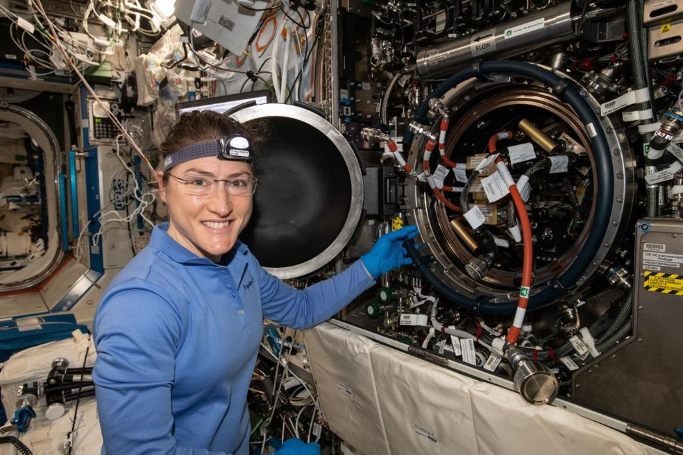 Astronauta Christina Koch pode bater recorde de permanência de mulher no espaço — Foto: Nasa