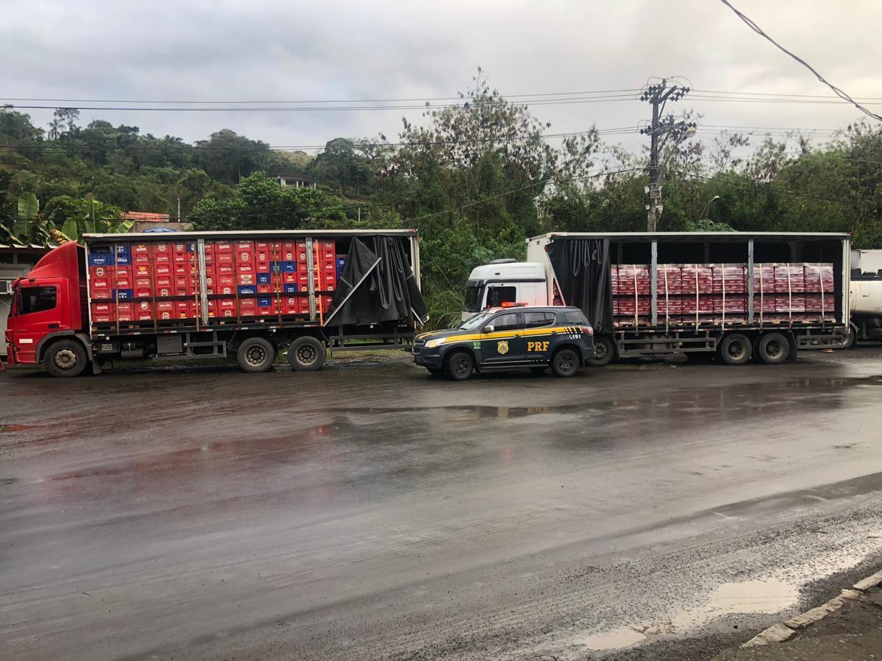 PRF apreende 130 mil litros de cerveja na BR-040, em Petrópolis, no RJ