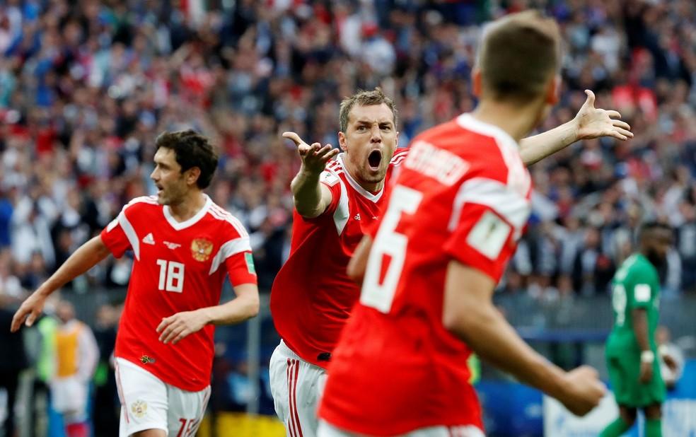 Rússia iguala Brasil de 1954 com maior goleada em estreias (Foto: Grigory Dukor/Reuters)